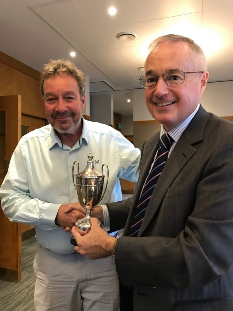 Dick Stratton wins 2018 golf trophy